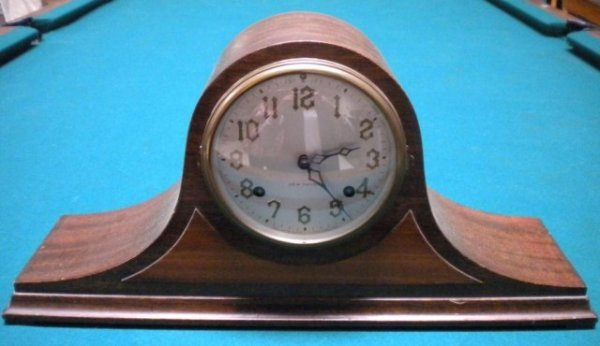 14: A1-83 NEW HAVEN MANTLE CLOCK