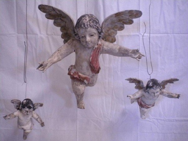 1077: A8-16 SET OF 3 HAND CARVED ANGELS