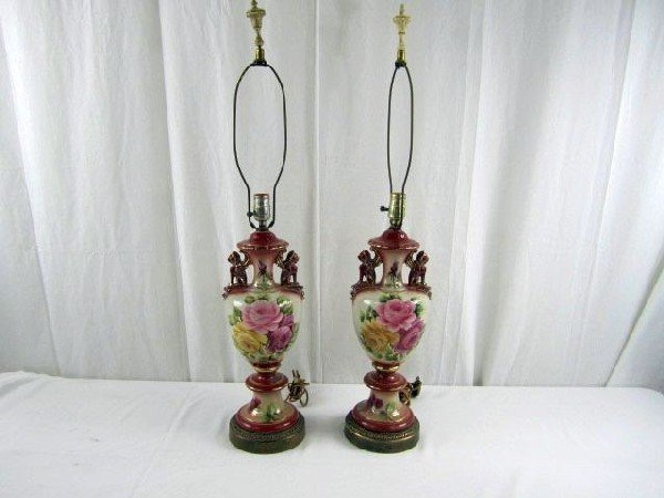 6: D29-10 PAIR OF HAND PAINTED PORCELAIN LAMPS