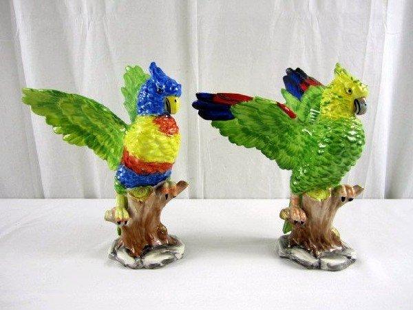 9: D29-8 PAIR OF PORCELAIN BIRDS