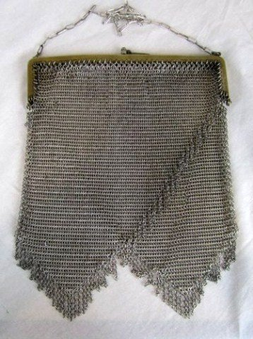 15: C40-2 MESH PURSE WITH GERMAN SILVER TOP