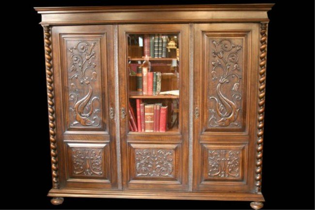 633: (FR182) WALNUT BOOKCASE