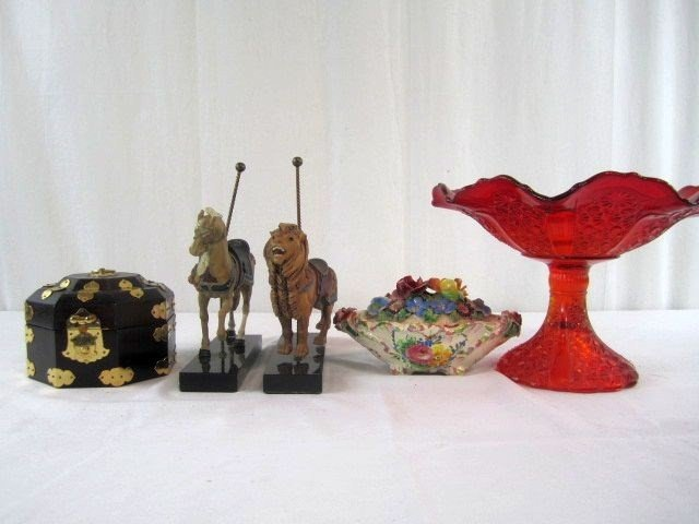 19: A1-11 LOT OF 5 DECORATIVE ITEMS