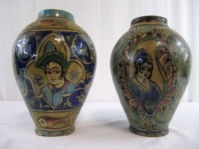 20: A1-7 TWO VASES