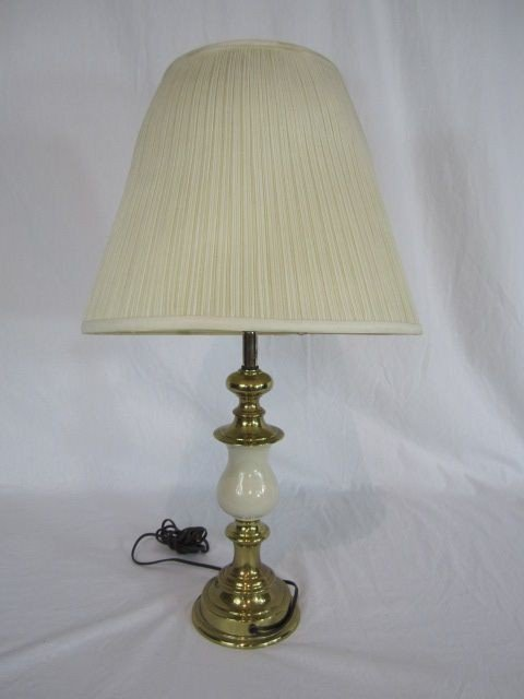 4: C80-17  BRASS & MARBLE TABLE LAMP
