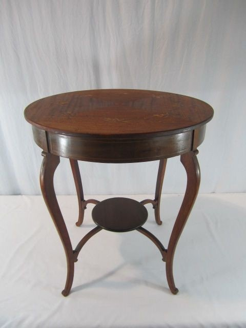 162: C93-55  ROUND INLAID TABLE