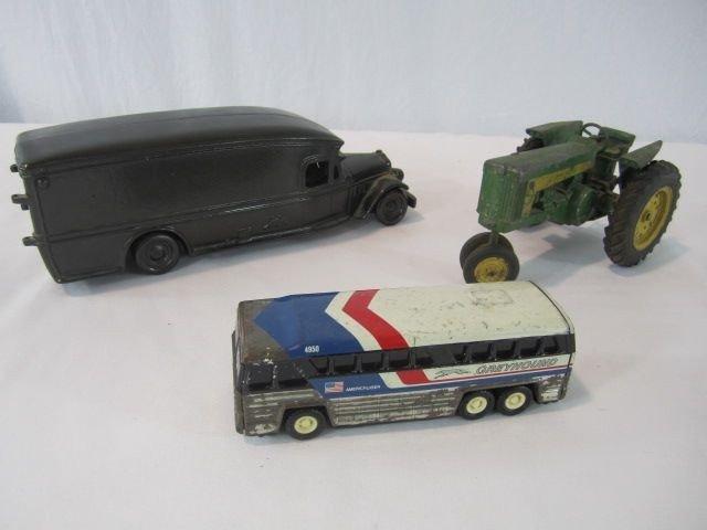 166: C93-49 VINTAGE TOY TRUCK, BUS & JOHN DEERE TRACTOR