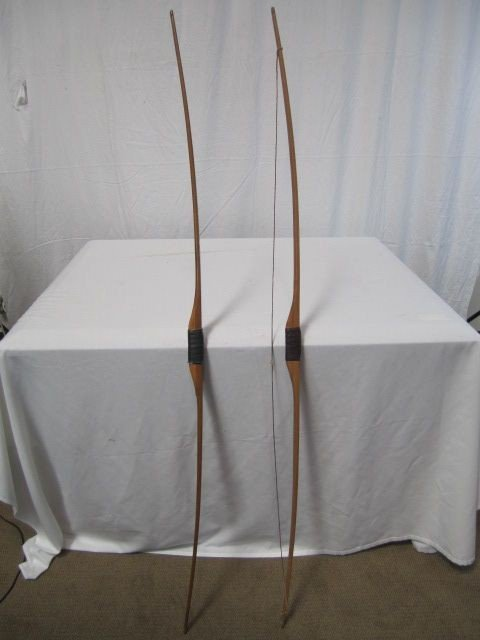 8: D50-8  LOT OF 2 VINTAGE WOOD BOWS