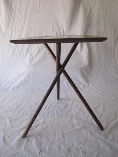62: D70-29  TILE TOP TABLE