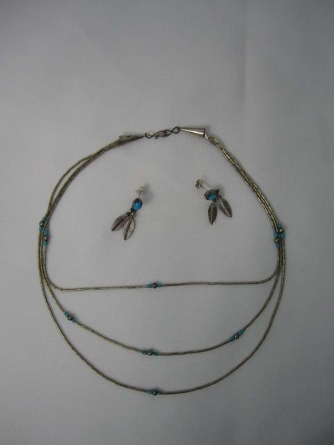 30: D99-1  STERLING & TURQUOISE NECKLACE & EARRING SET