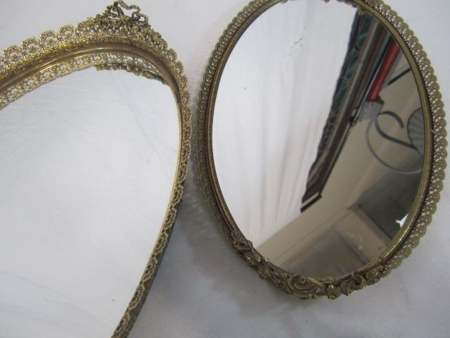 43: C98-7  LOT OF TWO OVAL VANITY MIRRORS - 2