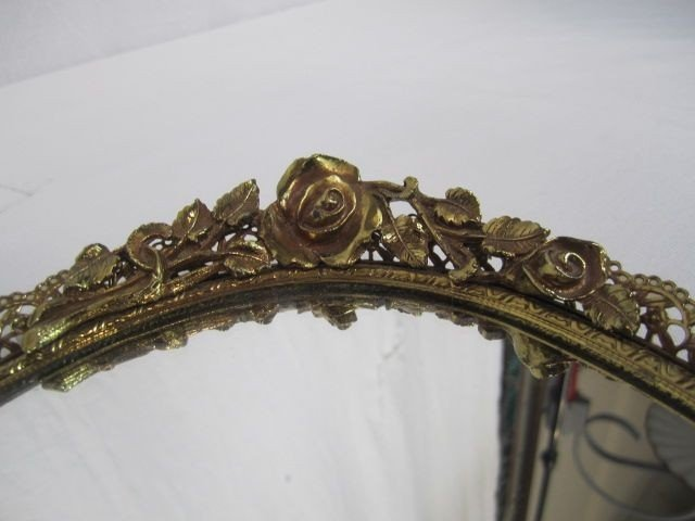 43: C98-7  LOT OF TWO OVAL VANITY MIRRORS - 5