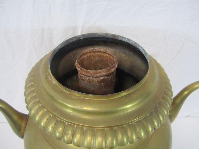530: F14-22  LARGE COFFEE URN - 3