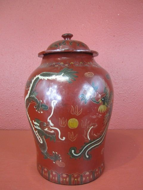 2: F29-2  HANDPAINTED CHINESE LAQUER JAR