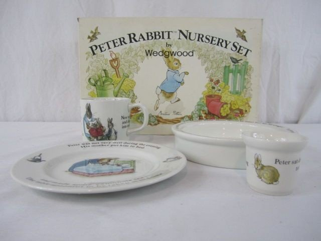 431: F57-10  WEDGWOOD PETER RABBIT 4PC NURSERY SET