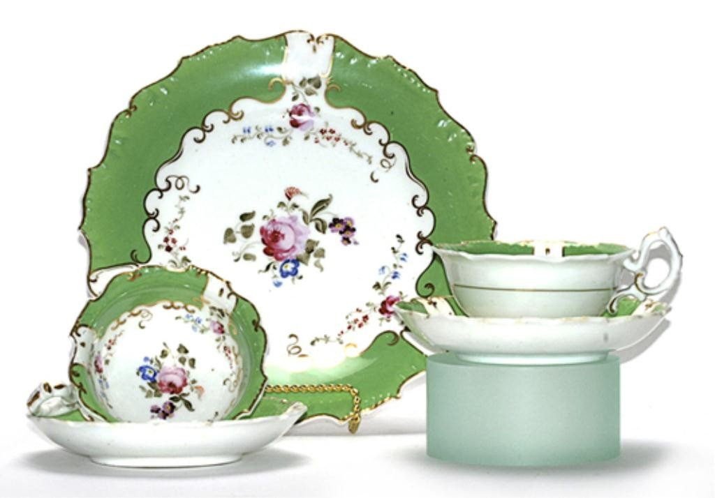 123H: F60-241  ROYAL DERBY CUPS, SAUCERS, & PLATE