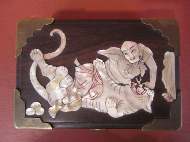 509: A9-9  ANTIQUE CHINESE WOOD BOX - 2
