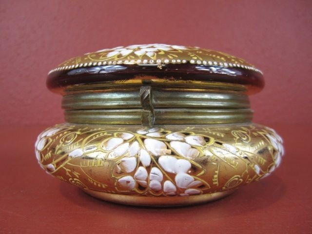 518: A9-18  ANTIQUE MOSER JEWELRY BOX