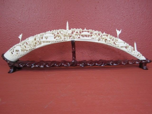 708: F61-3  CARVED IVORY BRIDGE WITH STAND