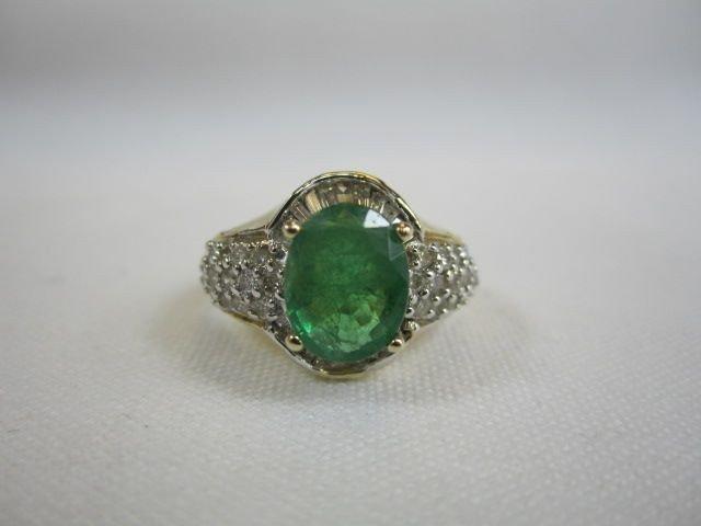 195: G22-11   14K YELLOW GOLD EMERALD & DIAMOND RING