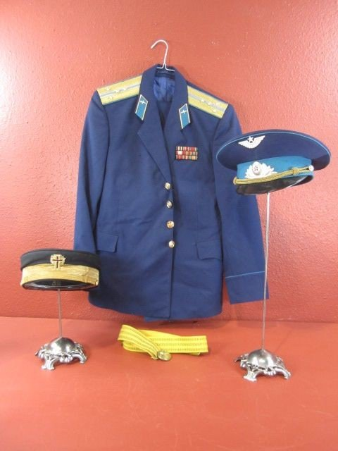 676: A32-12  RUSSIAN AIR FORCE UNIFORM & TWO HATS