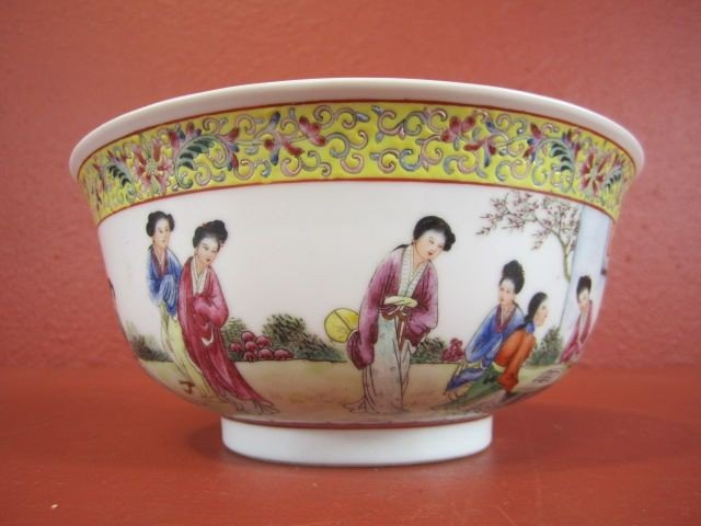 49: A55-24  CHINESE PORCELAIN BOWL