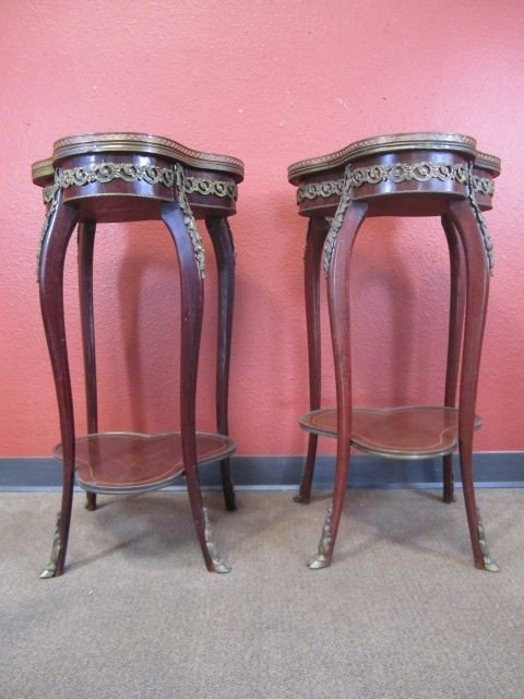 174: E8-2  PAIR OF MARQUETRY SIDE TABLES