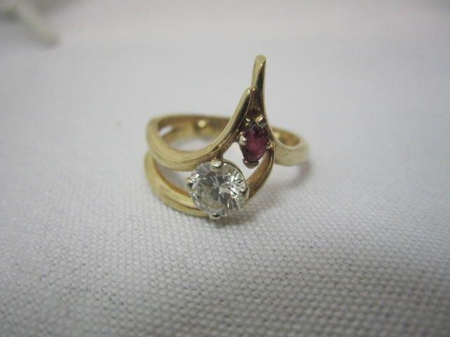 95B: A27-7  DIAMOND & RUBY 14K GOLD RING