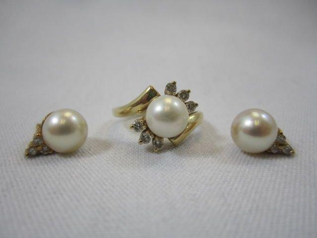 95E: A27-10  DIAMOND & PEARL 14K RING & EARRINGS SET
