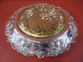 A11-66 TIFFANY & CO STERLING SILVER CENTERPIECE
