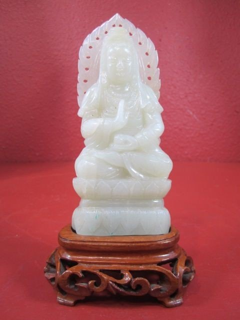 40D: E22-9  CHINESE WHITE JADE CARVING
