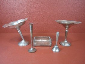 E2-4  LOT OF 5 STERLING SILVER ITEMS