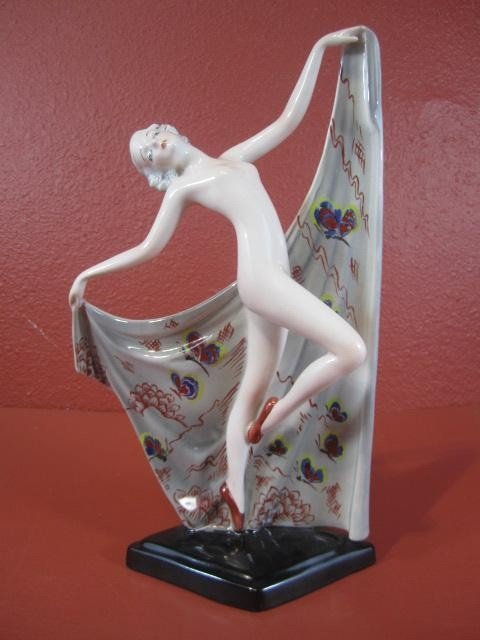 505: A45-30  SIGNED GOLDSCHEIDER PORCELAIN FIGURE