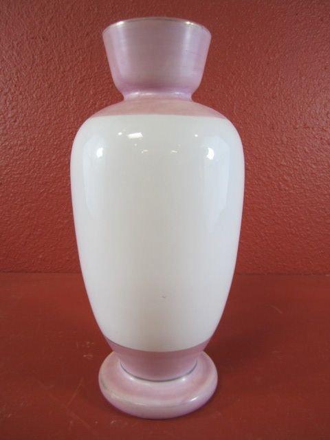 156: E15-4  ANTIQUE DECORATIVE GLASS VASE - 4