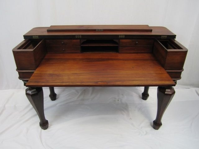 72: A19-10  ANTIQUE WALNUT SPINET DESK