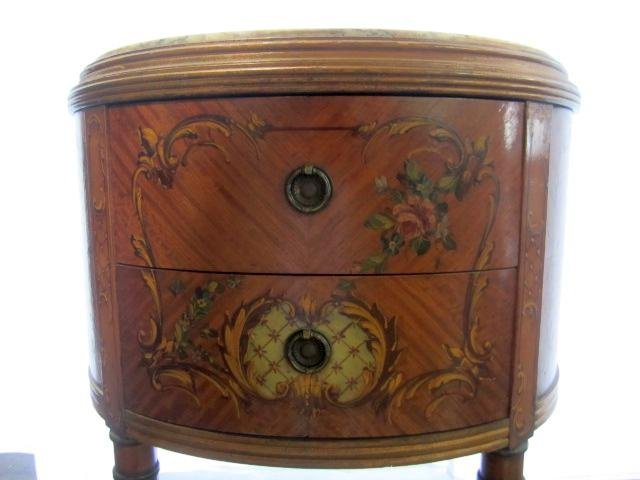 692: E22-9  PAIR OF GILTWOOD 1/2 MOON SIDE TABLES - 2