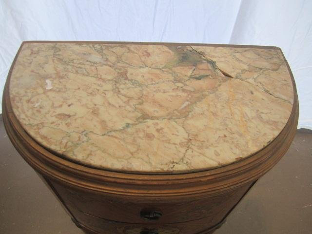 692: E22-9  PAIR OF GILTWOOD 1/2 MOON SIDE TABLES - 3