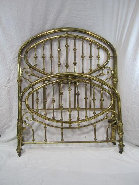 5: E33-5  FULL SIZE BRASS HEAD AND FOOT BOARD