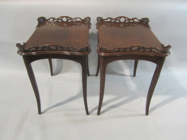 34: H18-59  PAIR OF PARLOR TABLES