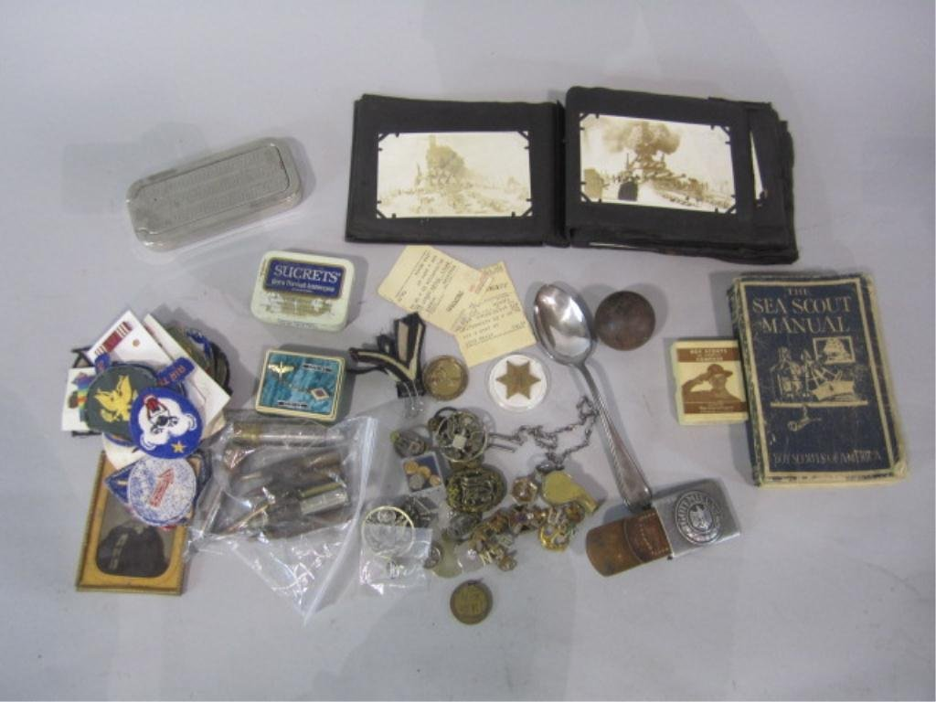 52B: H29-6  COLLECTION OF MILITARY ITEMS