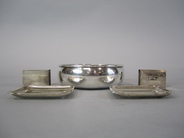 60C: H32-11  GROUP OF 5 STERLING SILVER ITEMS