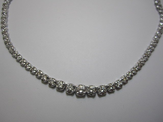 240A: A27-22  ONE DIAMOND NECKLACE