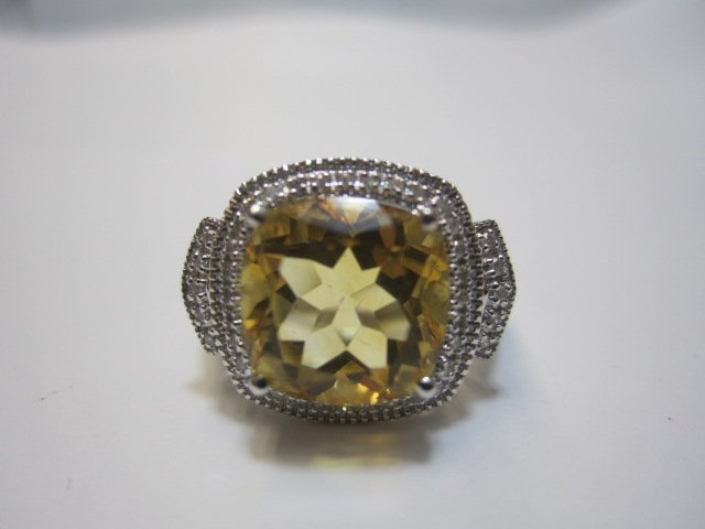240F: A27-27  10K WHITE GOLD CITRINE & DIAMOND RING