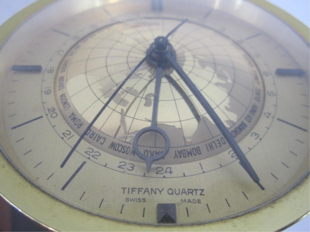 740: A11-40  TIFFANY QUARTZ CLOCK - 2