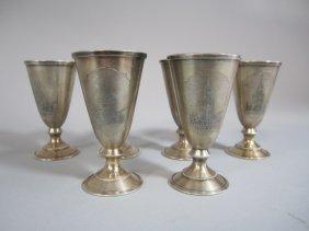 H25-4  SET OF 6 RUSSIAN SILVER LIQUOR CUPS