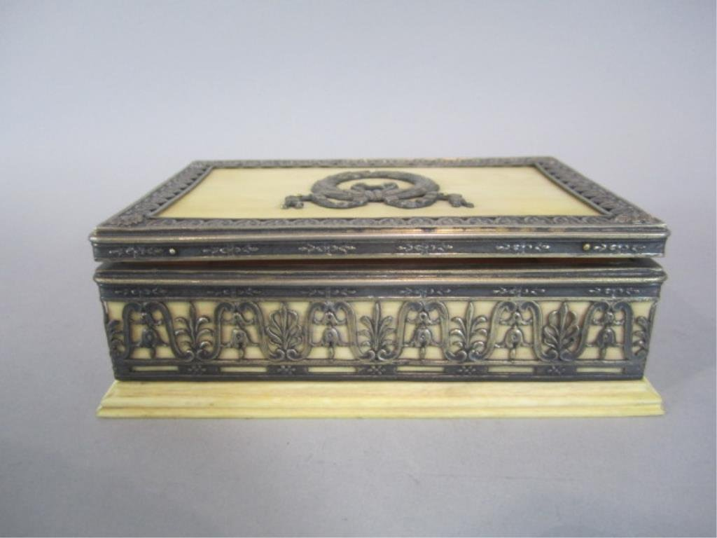 A88-16  FRENCH IVORY & SILVER BOX