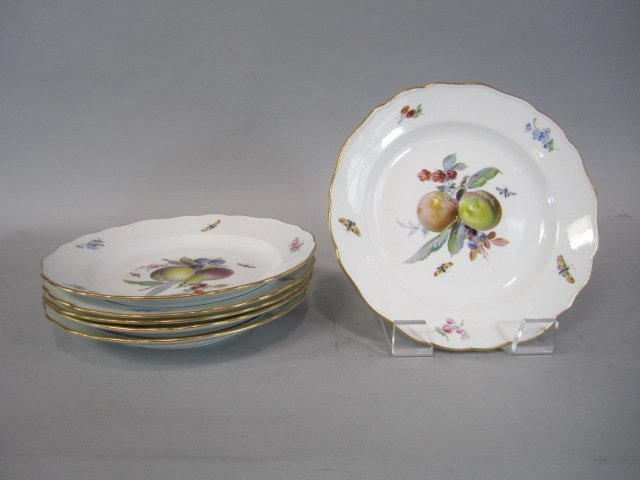 A84-7  SET OF SIX MEISSEN PLATES - 2