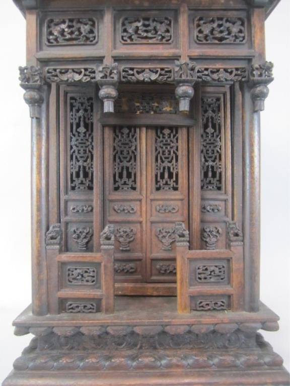 A84-11  CHINESE CARVED WOOD SHRINE - 3