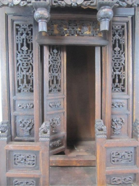 A84-11  CHINESE CARVED WOOD SHRINE - 4