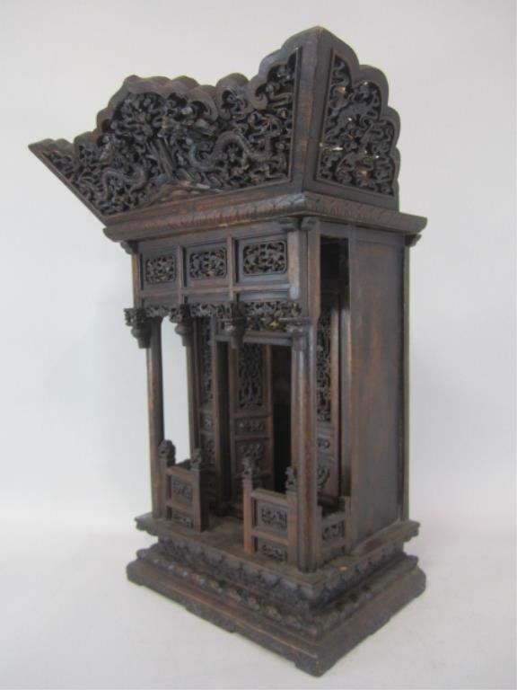 A84-11  CHINESE CARVED WOOD SHRINE - 5